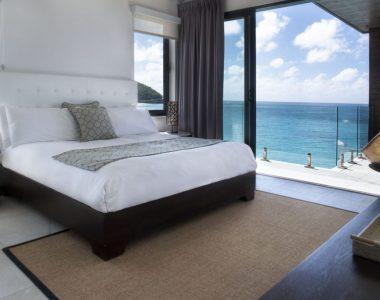 b7-master-bed-1024x683